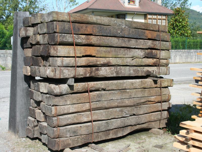 Postes tratados y traviesas - Postes de madera ...